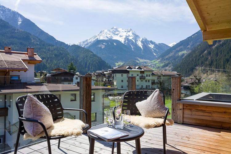 Mayrhofen Tirol: 3 Tage im noblen 4* Boutique Hotel Huber's ab 129€